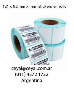 121 x 92 mm x mm  stickers en rollo